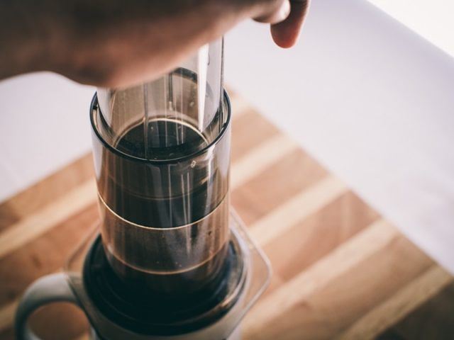 aeropress brewing guide: how to make aeropress coffee
